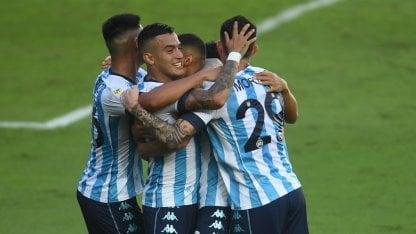 Racing derrotó a Sporting Cristal y se afianzó en su grupo de la Copa Libertadores