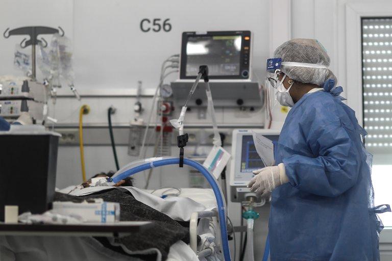 Coronavirus en Argentina: confirmaron 357 muertes en las últimas 24 horas y se registró otro récord de internados en terapia intensiva