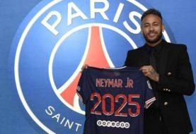 Neymar renueva contrato con PSG hasta 2025