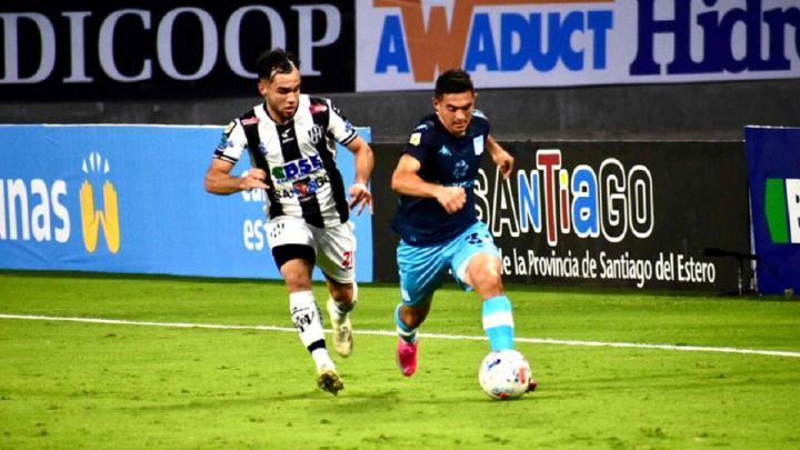 Rosario Central goleó a  Newell's yRacing cayó ante Central Córdoba y complicó su futuro en la Copa de la Liga
