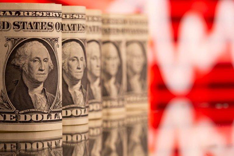 La cotización del dólar libre subió a $154 y el BCRA compró USD 150 millones en la rueda mayorista