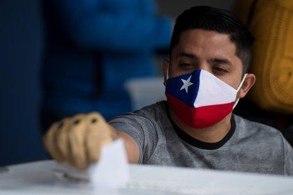 Elecciones en Chile: la participación en la primera jornada fue del 19% de los habilitados para votar