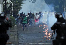 Autoridades colombianas y manifestantes dialogan por primera vez tras una semana de protestas