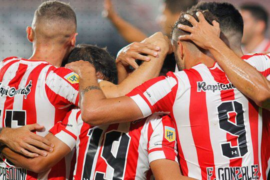Copa de La Liga: Estudiantes le ganó a Platense y Sarmiento igualó con Gimnasia