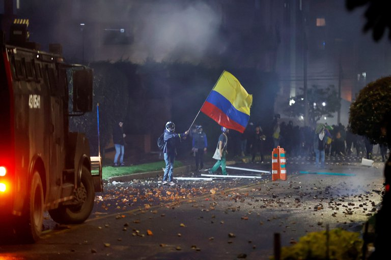 Colombia: protestas en el país han dejado 17 muertos y más de 700 lesionados, según la Defensoría del Pueblo