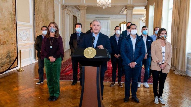 El presidente de Colombia anuncia el retiro de la reforma tributaria