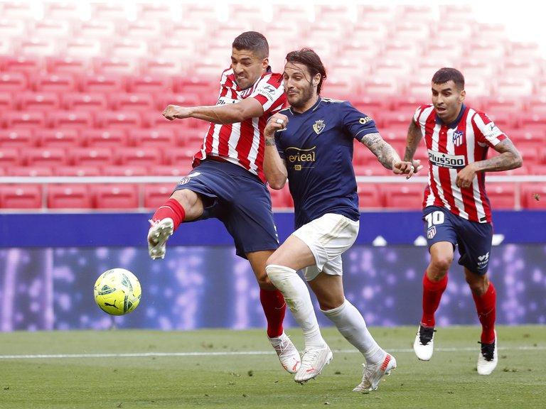 Atlético de Madrid le ganó 2-1 al Osasuna y a falta de una fecha mantiene la punta de La Liga