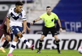 Vélez derrotó a la Liga de Quito y mantiene sus aspiraciones de acceder a los octavos de final de la Copa Libertadores