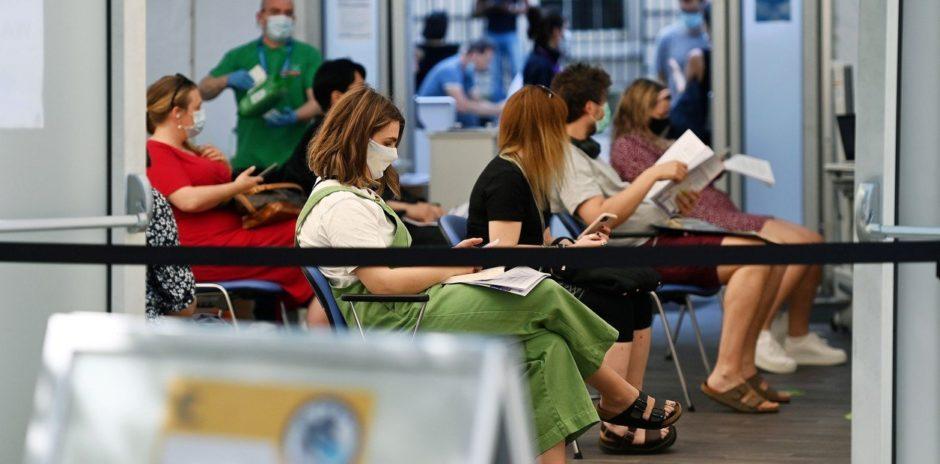 Un estudio del Reino Unido afirma que la agresiva variante Delta del coronavirus es 60% más contagiosa