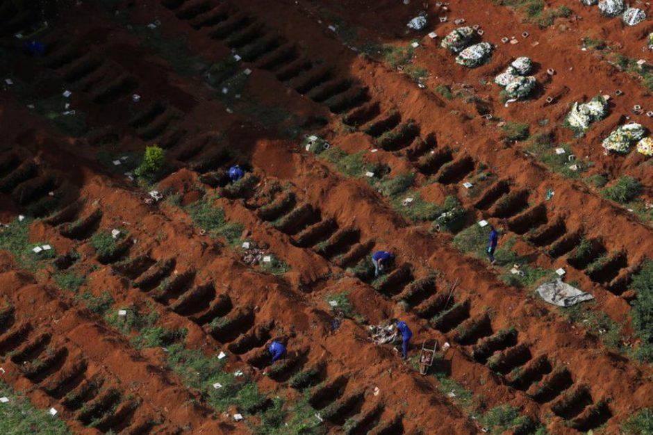 Brasil superó las 500.000 muertes por COVID-19 y los expertos advierten sobre la inminente llegada de una tercera ola