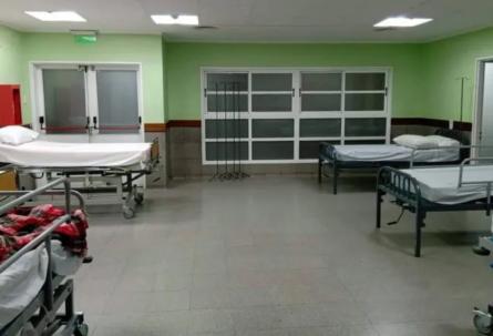 Cipolletti: hay camas de internación en la sala de espera del hospital