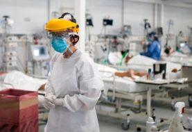 Aumento en las muertes por coronavirus en Argentina: reportaron 638 fallecidos en las últimas 24 horas y 22.673 contagios nuevos