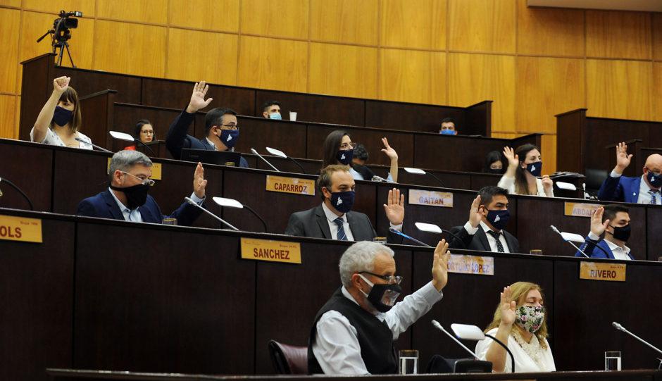 Neuquén: Diputados autorizará hoy un nuevo endeudamiento del Gobierno neuquino por 12.800 millones