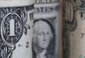 El dólar libre cae por tercer día consecutivo a $180 para la venta