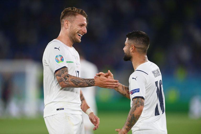 En el partido inaugural de la Eurocopa, Italia logró un brillante triunfo ante Turquía en Roma