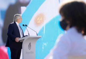 """Día de la Bandera - Fernández: """"Voy a hacer todo lo que está a mi alcance para terminar con los abismos que nos separan"""""""