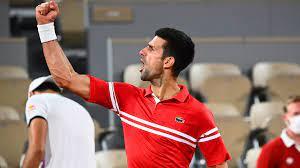 Novak Djokovic derrotó al italiano Matteo Berrettini y avanzó a las semifinales del Roland Garros