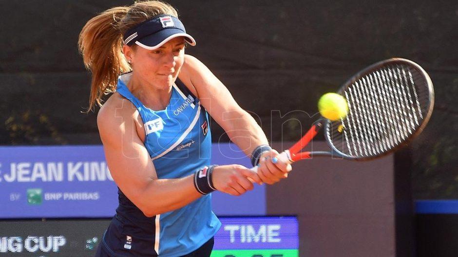 Nadia Podoroska ya está en los cuartos de final de dobles