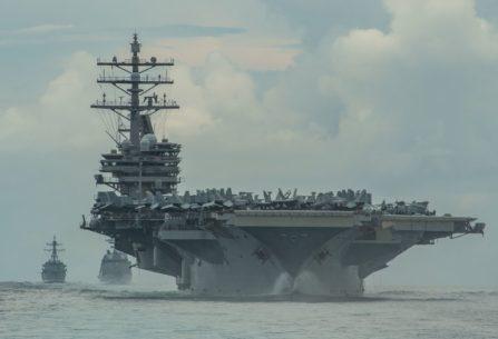 Estados Unidos desplegó el portaaviones USS Ronald Reagan en el Mar del Sur de China