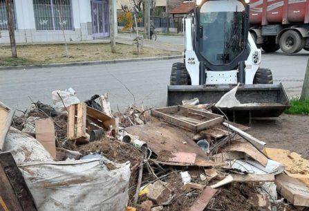 El operativo Puerta a Puerta llegó a los barrios Mariano Moreno y Huiliches