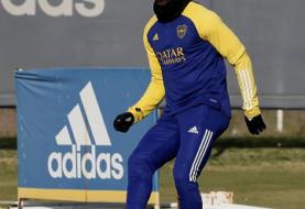 Advíncula tuvo su primer práctica en Boca y ya viajó rumbo a Córdoba