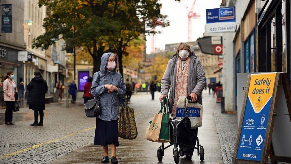 Varios países deciden nuevas restricciones para contener la variante Delta del coronavirus