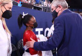 Impacto en Tokio: Estados Unidos retiró a Simone Biles de la competencia de gimnasia por equipos tras un salto errático