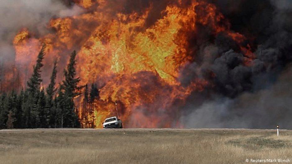 Declaran la emergencia por los incendios en el oeste de Canadá