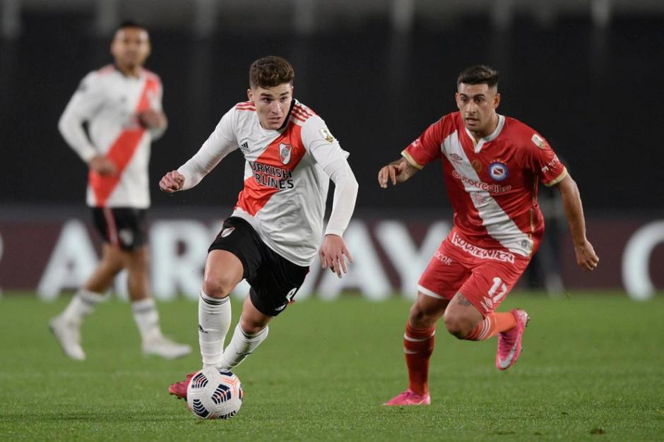 River y Argentinos definirán su pase a los cuartos de final de la Libertadores en La Paternal: hora, TV y formaciones