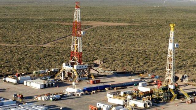 Hidrocarburos: fuertes inversiones disparan la producción de gas y petróleo