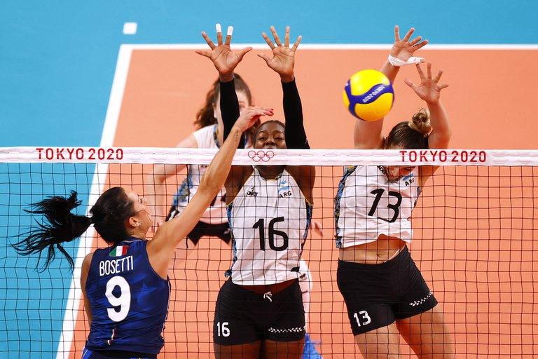 Las Panteras cayeron 3-0 ante Italia y quedaron al borde de la eliminación en los Juegos Olímpicos de Tokio