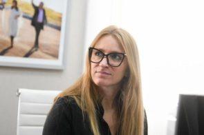 """Carignano, directora de Migraciones: """"El 1º de noviembre, las fronteras se abren para todo el mundo"""""""