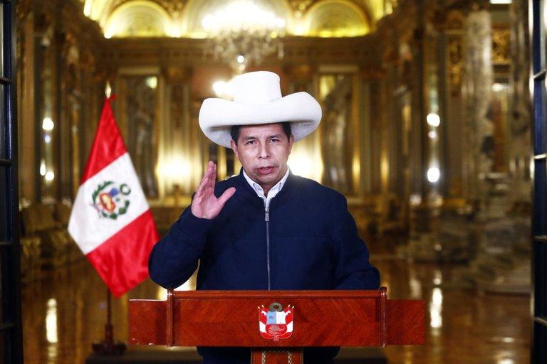 Perú: Pedro Castillo reafirmó su intención de intervenir en el yacimiento de gas más importante del país
