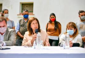 La Gobernadora acompaña a la comunidad de El Bolsón tras un nuevo ataque incendiario
