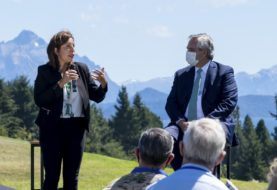 Fernández y Carreras dialogaron sobre la situación Andina: El Presidente condenó los hechos de violencia y expresó su voluntad de colaborar