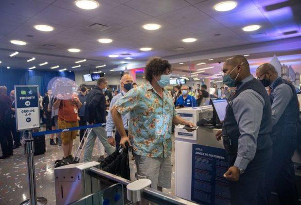 EEUU anunció este lunes las reglas para ingresar al país a partir del 8 de noviembre