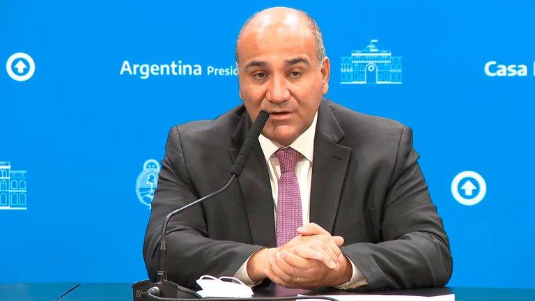 Manzur viajó a los EEUU en un jet sanitario para apoyar a Guzmán en la renegociación de la deuda con el FMI