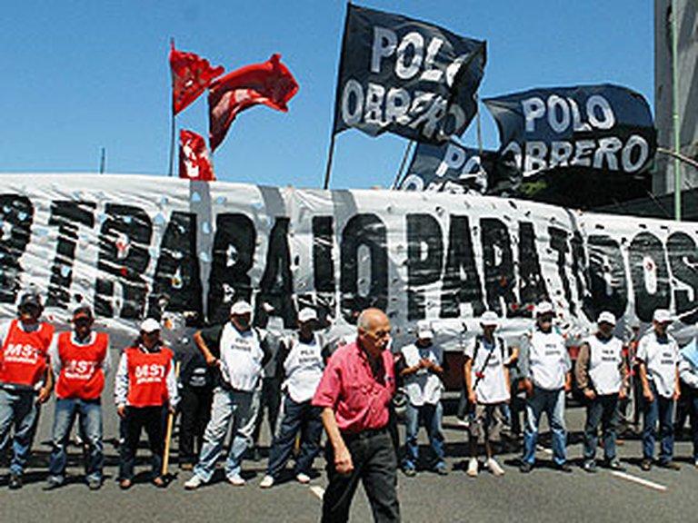 Piqueteros se movilizan y harán bloqueos en todo el país